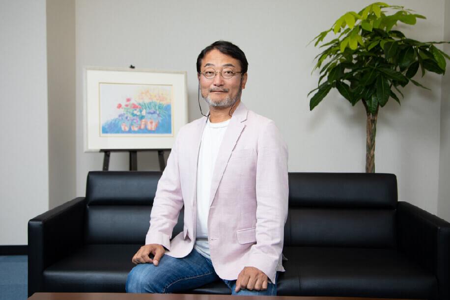 代表取締役  冨塚 優