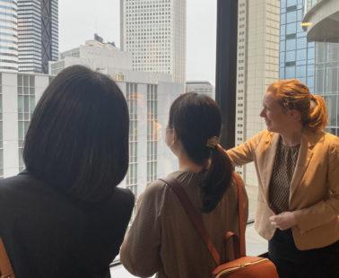 コロナ禍の海外旅行ロスを嘆く人に、日本にいながら英語漬けの一日を! ポケットカルチャー、英会話教室の運営を行うイーオン社と業務提携